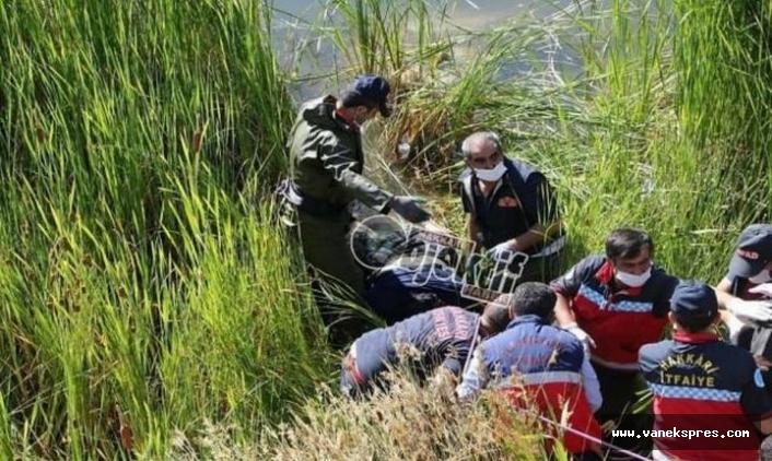 Hakkari'de göletten kadın cesedi çıktı