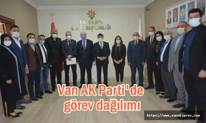 Van Ak Parti'de görev dağılımı yapıldı