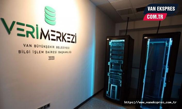 Büyükşehir Belediyesi'nin veri merkezi hizmete açıldı