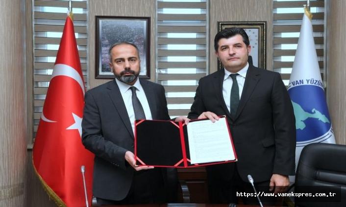 Van YYÜ Vakıflar Bankası ile Promosyon Sözleşmesi İmzalandı