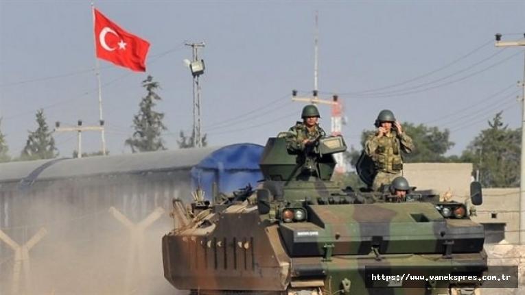 Bakan Çavuşoğlu'ndan YPG'ye sınır ötesi operasyon sinyali