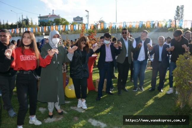 Van'da Gençlik Festivali Düzenledi