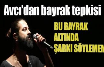 'Kürdistan bayrağını indirmezseniz şarkı söylemem'