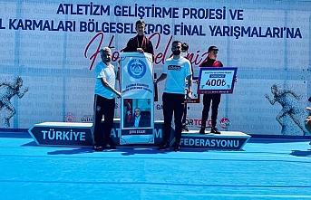 Vanlı Ayhan Kaya Türkiye birincisi oldu