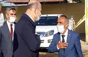 AKP'li başkanın makam aracında kaçak sigara ve silah yakalandı