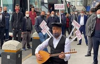 Aydın Aydın'dan 'Satılık Gülme'...