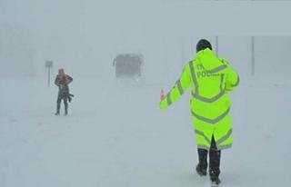 Hakkari ve ilçelerinde kar esareti