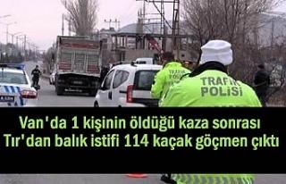 Van'da kaza yapan Tır'da 114 düzensiz...