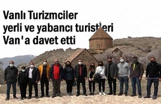 Turizmciler yerli ve yabancı turistleri Van'a...