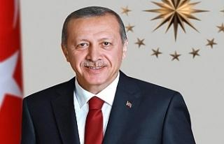 Erdoğan: Suni gündemler peşinde koşmamızı istiyorlar