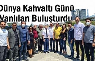 Dünya Kahvaltı Günü Vanlıları İstanbul'da...