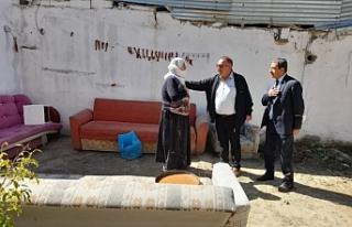 CHP'li Bedirhanoğlu, Van'da selzedelerle...